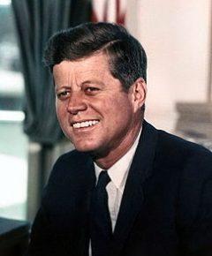 John_F._Kennedy_White_House_color_photo_portrait